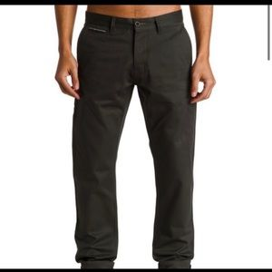 QuickSilver Selvedge Chino Tapered Fit Gray Pants